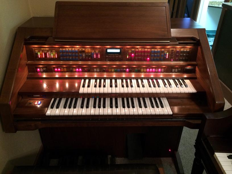 help identifying lowrey rh organforum com Lowrey Genie Organ Models GS1 Lowrey Genie Organ